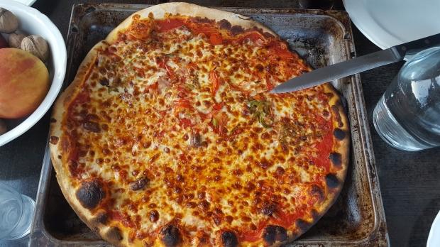 Pizza takeaway gg