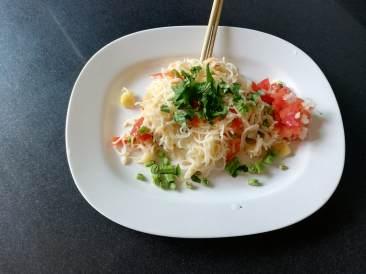 bild-2-zwa-rooftop-food_orig