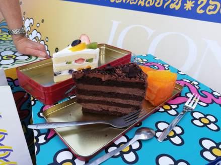 bild-7-zwa-take-away-cake_orig